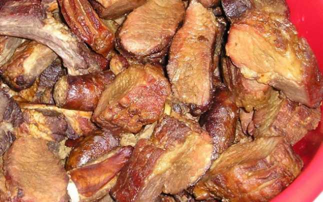 Mancare Gatita - Preparate Porc-Comanda cu 24 ore in avans